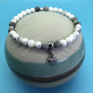 Howlite and Jasper Anklet With Shell Charm