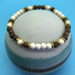Howlite And Wood Anklet
