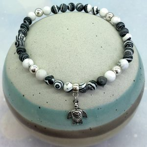 Malachite And Howlite Anklet With Turtle Charm