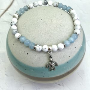 Aquamarine And Howlite Anklet With Turtle Charm